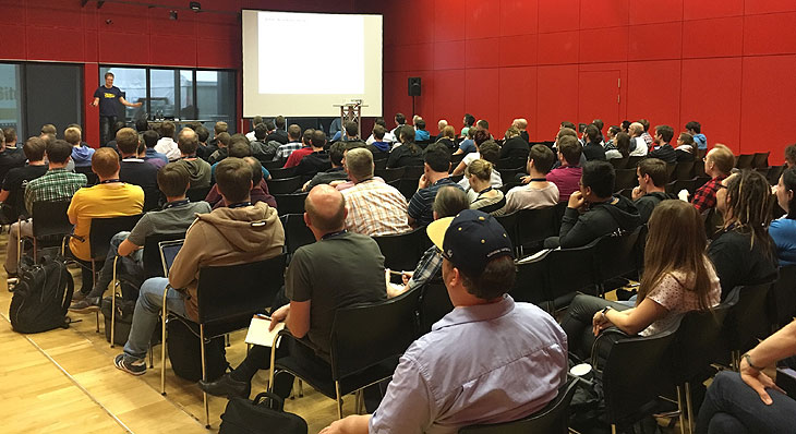 JAX-Präsentation zum Thema Gamification