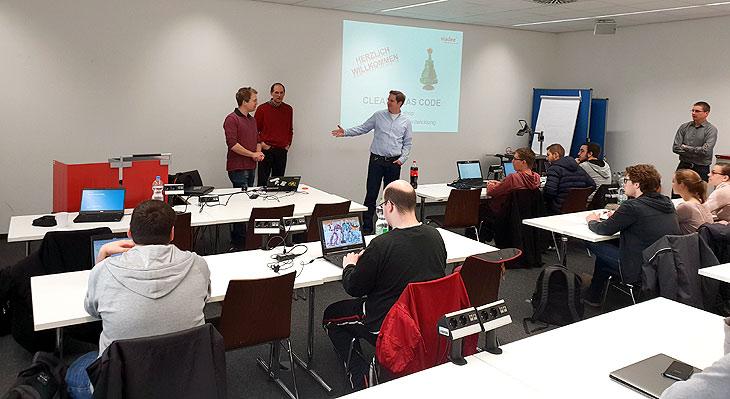 Workshop Clean X-mas Code mit der viadee an der FH Aachen